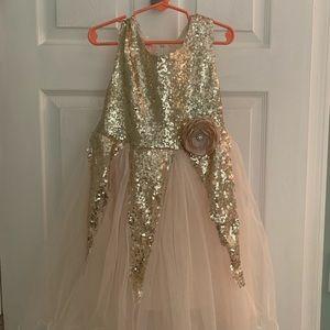 Other - Beautiful gold flower girl dress